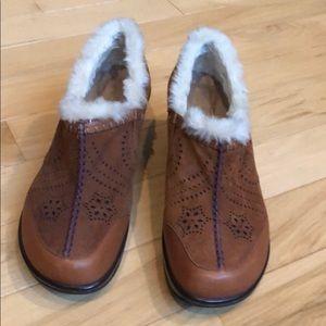 J41 shoes